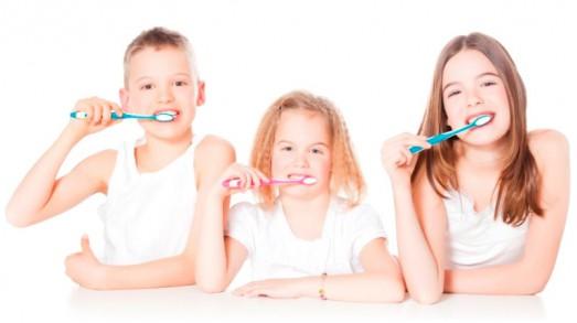 decija-i-preventivna-stomatologija-3-523x293